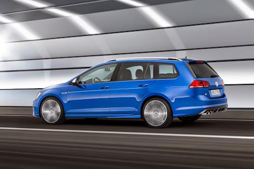 VW-Golf-R-Variant-04.jpg
