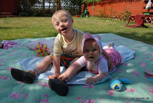 Marcinek ze swoją ukochaną siostrzyczką