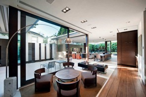 Muebles-y-lamparas-de-diseño-casa-Glenbervie-arquitecto-Darren-Carnell