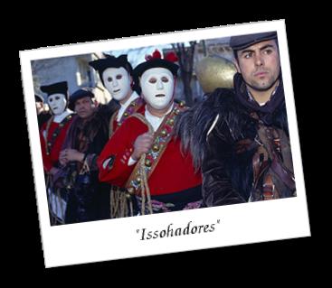Fotografia che mostra la maschera dei Issohadores