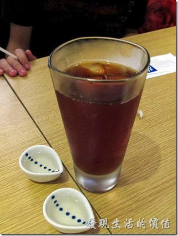 台北凱薩店-大戶屋。冰紅茶,NT$40。