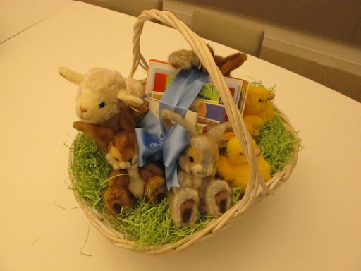 Here's another basket -- stuffed with books and soft lambs, bunnies, and ducklings.