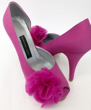 Zapatos-semicerrados-en-rosa-intenso
