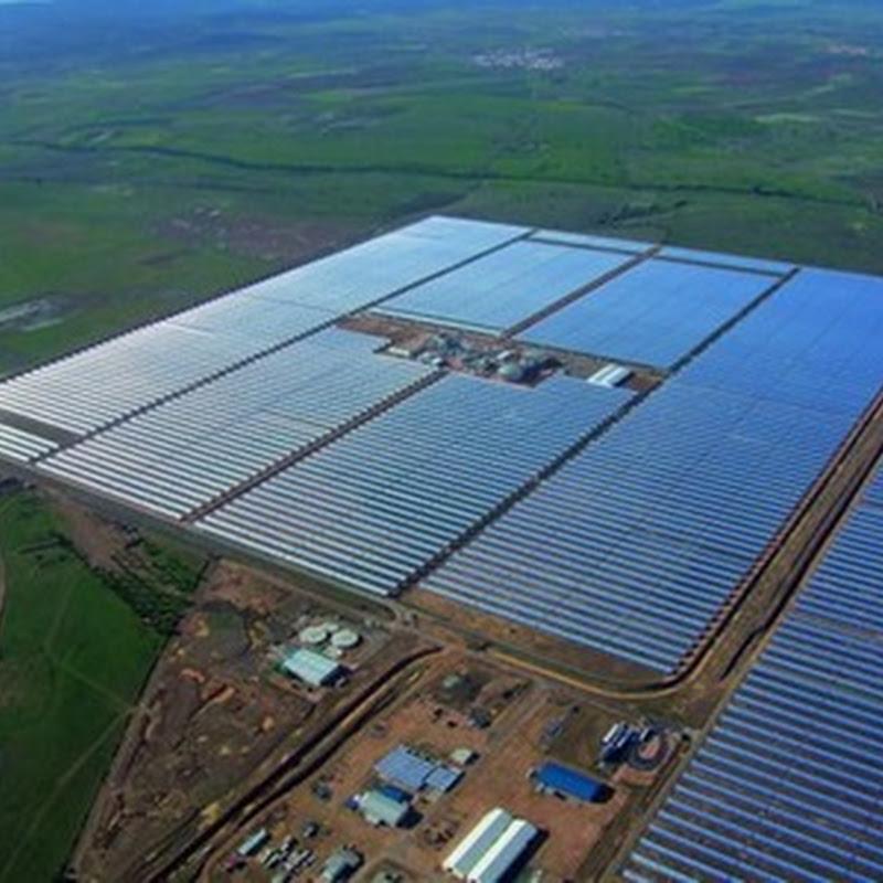 111,1 millones de euros invierten en la Planta termo solar cilindro-parabólicos de 50 MW en Badajoz, España