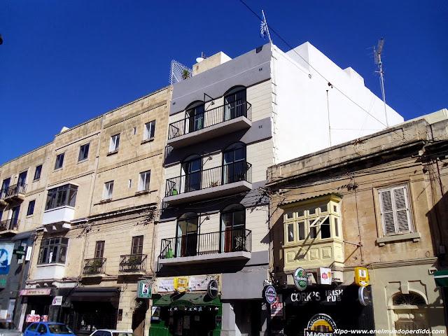 apartamentos-malta-escuela.JPG