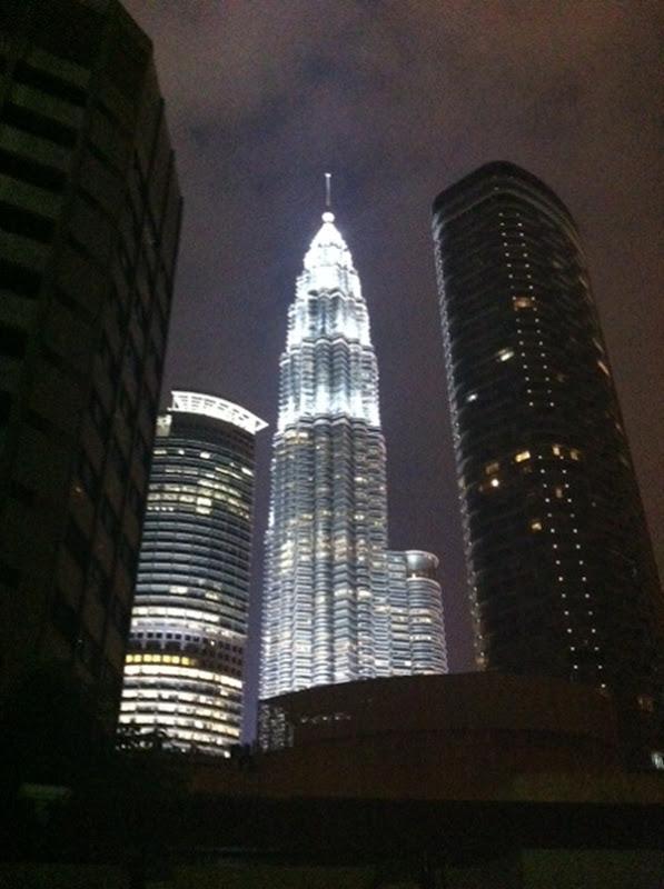 رحلة مشوقة الى ماليزيا