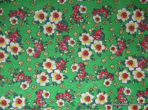 TE15-tecido-estampa-floral-medio-verde