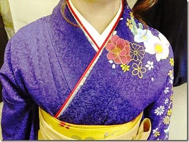 卒業式に袴で (1)