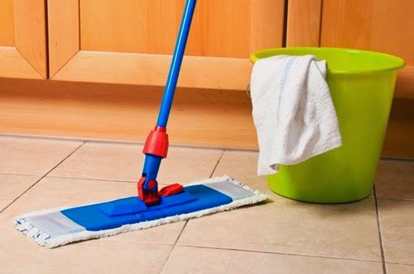 limpando o piso