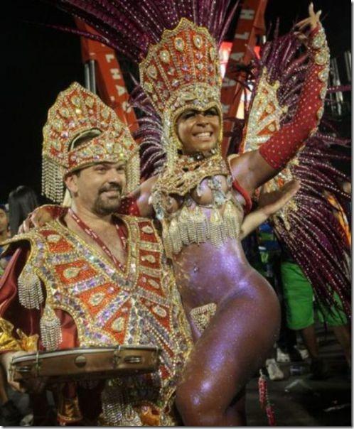 samba-dancers-secret-trick-8