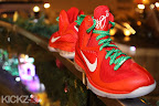 nike lebron 9 gr christmas 4 08 kickz Throwback Thursday: Look Back at LBJs 2011 Christmas Shoes