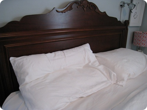 headboard_panel_pillow_athomewithh