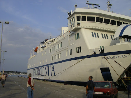 Transportation in Croatia: Jadrolinija in Split