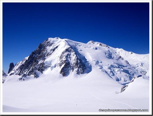 Descenso del Valle Blanco esquiando (Chamonix, Alpes) 5360