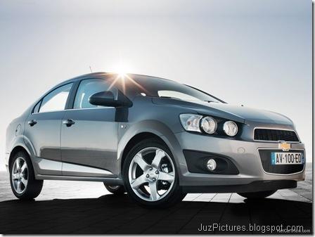 Chevrolet Aveo Sedan5