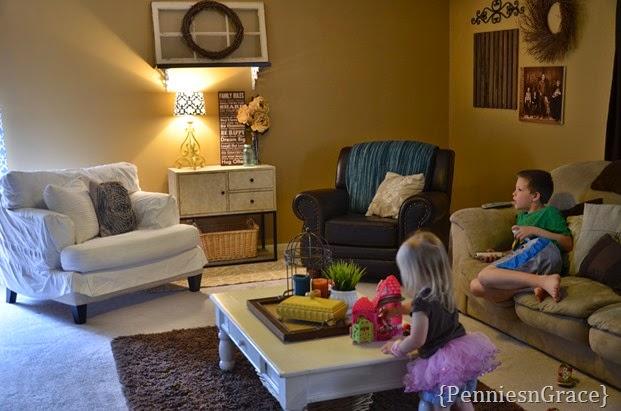family room (10)