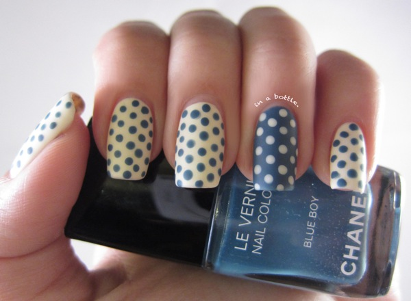 Дизайн ногтей горохом