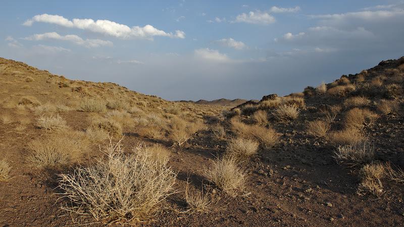 La locul de cort din desert.
