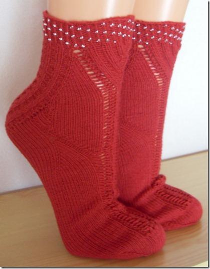 2011_05 Socken Thanks in rot (2) (624x800)