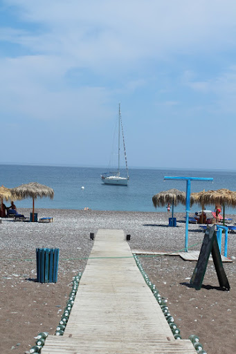 A favorite moment: docking at a completely desolate beach with a tiny Mojito bar. A total gem!