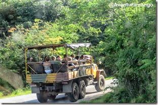 Caminhão de transporte para Topes de Collantes - Cuba