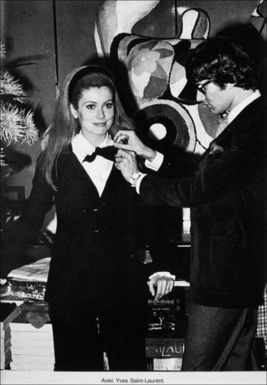 1966 Catherine Deneuve avec Yves Saint Laurent
