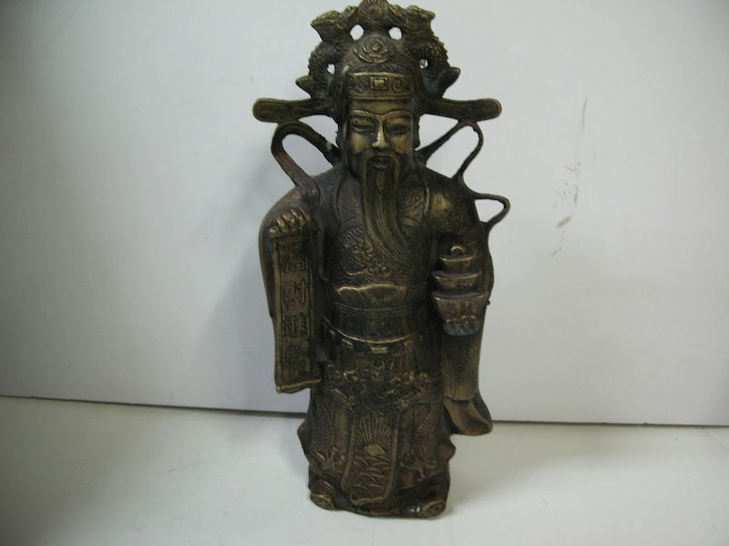 Asian Emperor Sculpture