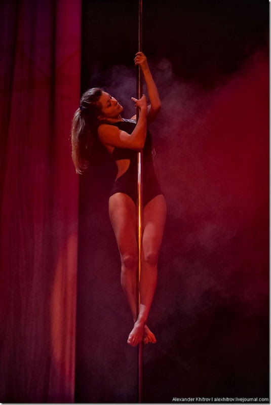 russian-pole-dancing-competition-10
