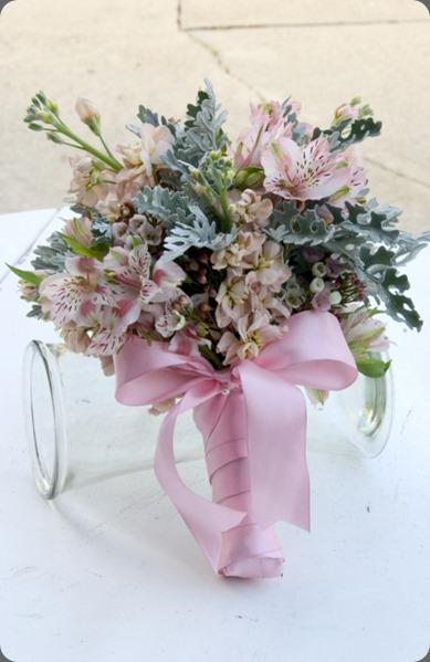 alstromeria pint-bouquet-1 jaqueline ahne