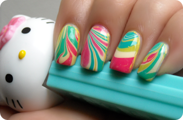 water-marble-nails-1