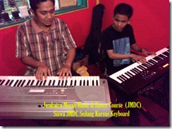 Siswa Kursus Jembatan Merah Music & Dance Course (2)