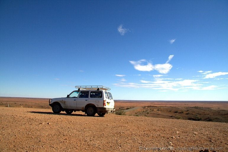 Offroad vehicle outback Australia.png