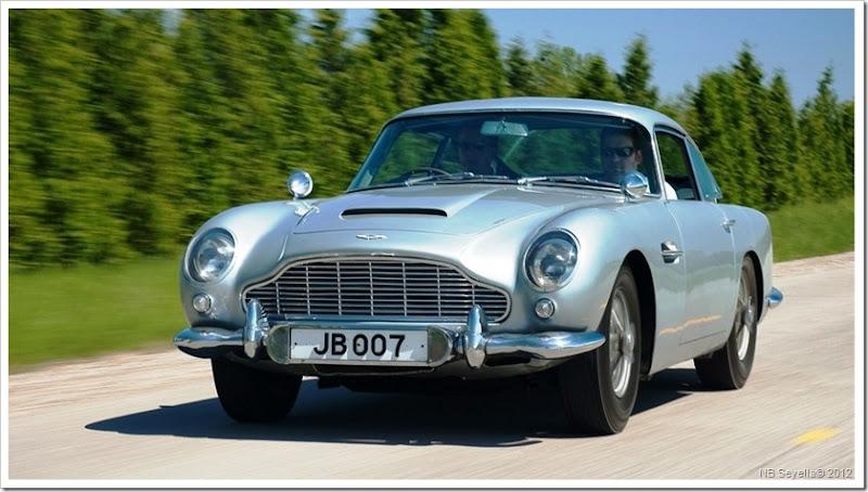 James-Bond-Aston-Martin.jpg