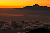 Gn Rinjani at sunrise, 85km to the east, as seen from Agung, Bali (Wolfgang Piecha, June 2011)