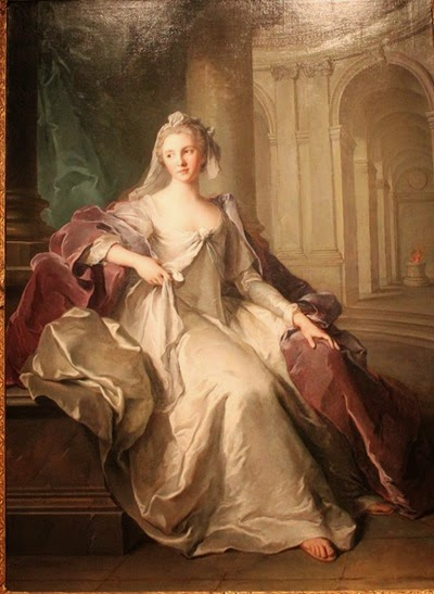 Madame_Henriette_de_France_as_a_Vestal_Virgin_(c._1749)_by_Jean-Marc_Nattier