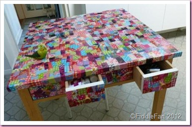 Decopatch Table.