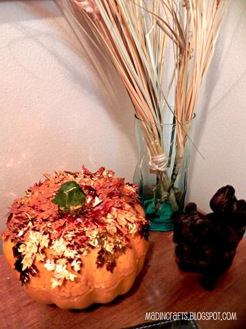 copper leaf pumpkin