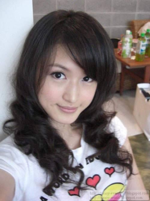 Milla Lin (21)