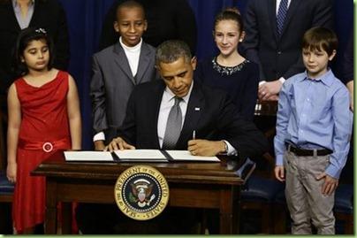 Obama_Gun_Control_sff_WHCD103_20130116125137