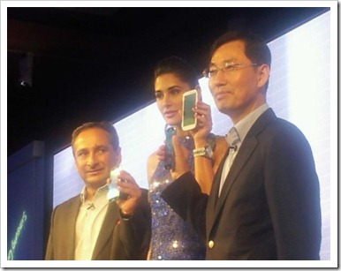 Nargis Fakhri with Samsung galaxy s3