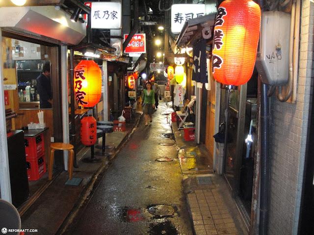 narrow hidden streets in shinjuku in Kabukicho, Tokyo, Japan
