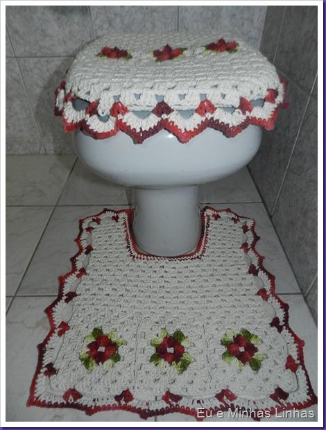 Joga Tapete Banheiro Flor 1d