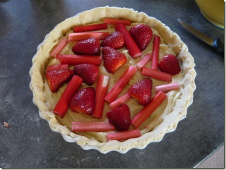 rhubarb and strawberry tart1