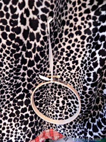 embroidery hoop pullstring