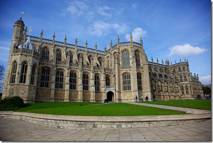800px-St._Georges_Chapel,_Windsor_Castle_(1)