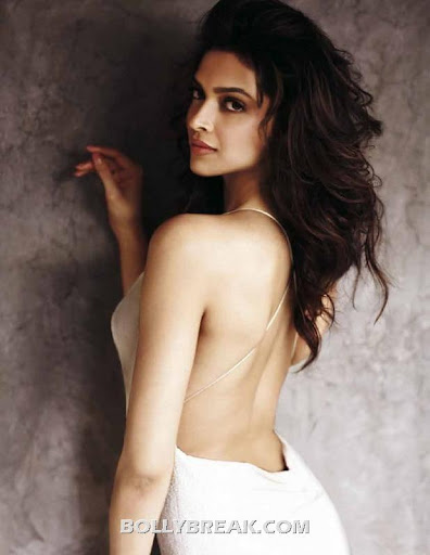 Padukone Nude Back At Deepika Bollywood