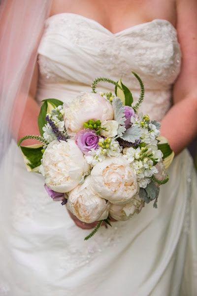NH wedding flowers peony bouquet