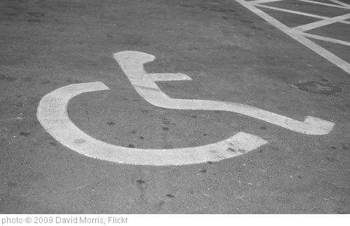 'Parking bay' photo (c) 2009, David Morris - license: http://creativecommons.org/licenses/by-sa/2.0/