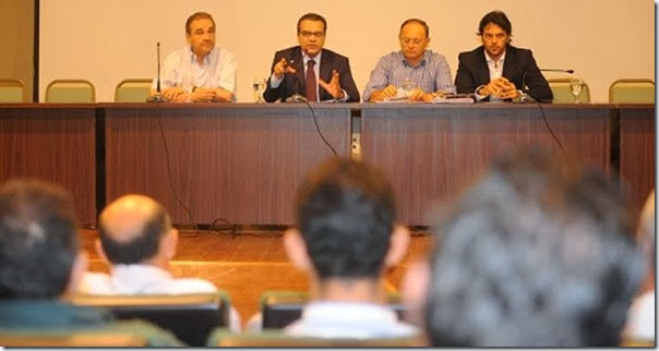 SOS Municipios Reunião Natal 25-11-13