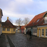 en jaune la maison<br /><br /><br /><br /><br /><br /><br /><br /><br /><br /><br /><br /><br /> d'Andersen.